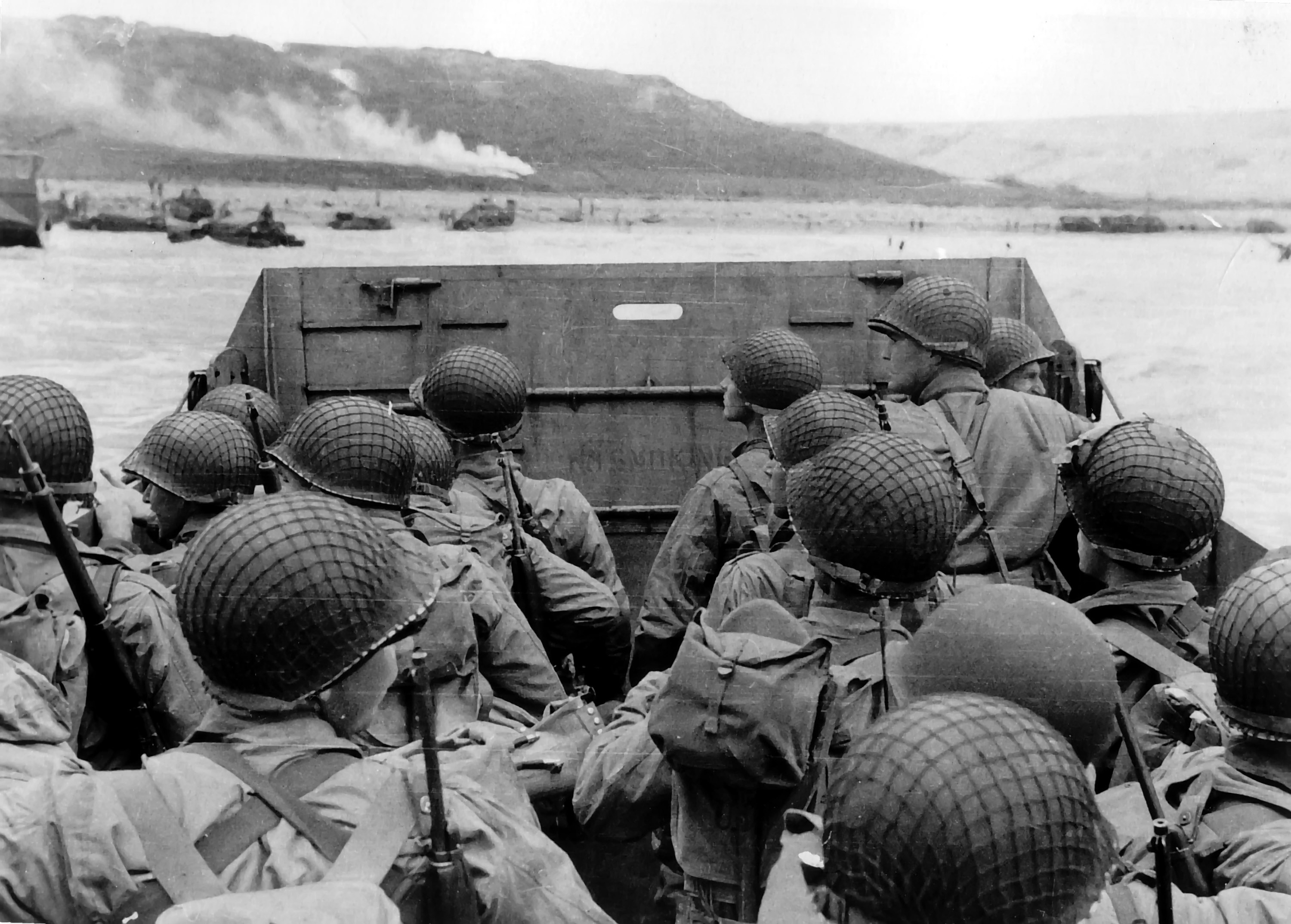 American Soldiers on Omaha Beach