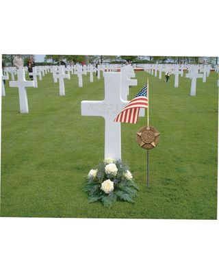 6 in. Memorial Marker & U.S. Flag Set