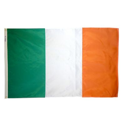 4ft. x 6ft. Ireland Flag w/ Line Snap & Ring